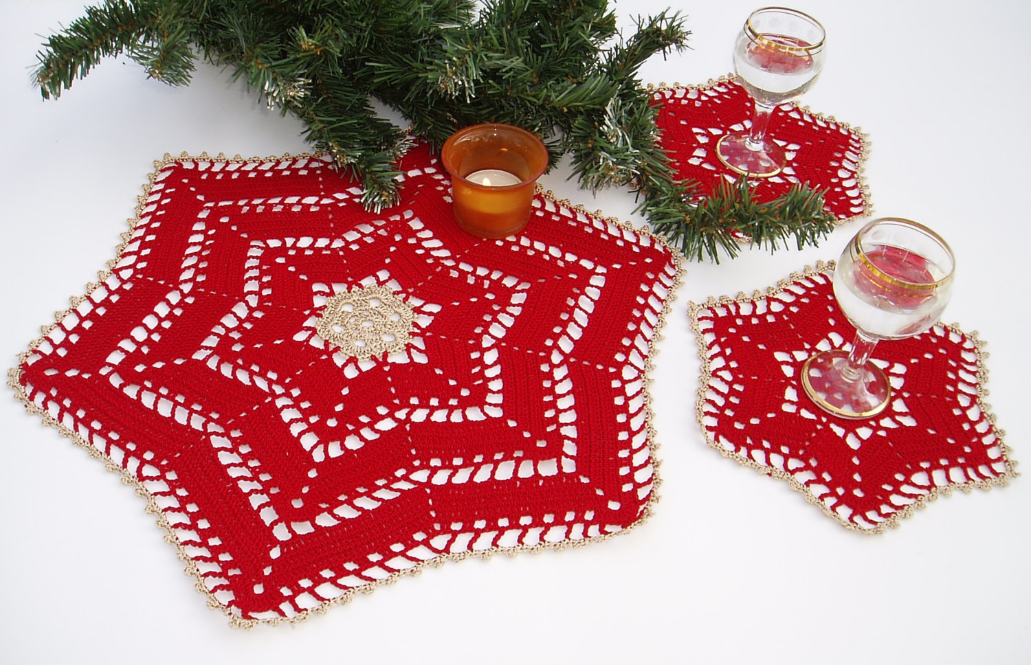 Lace crochet christmas table decoration lace crochet for A christmas decoration