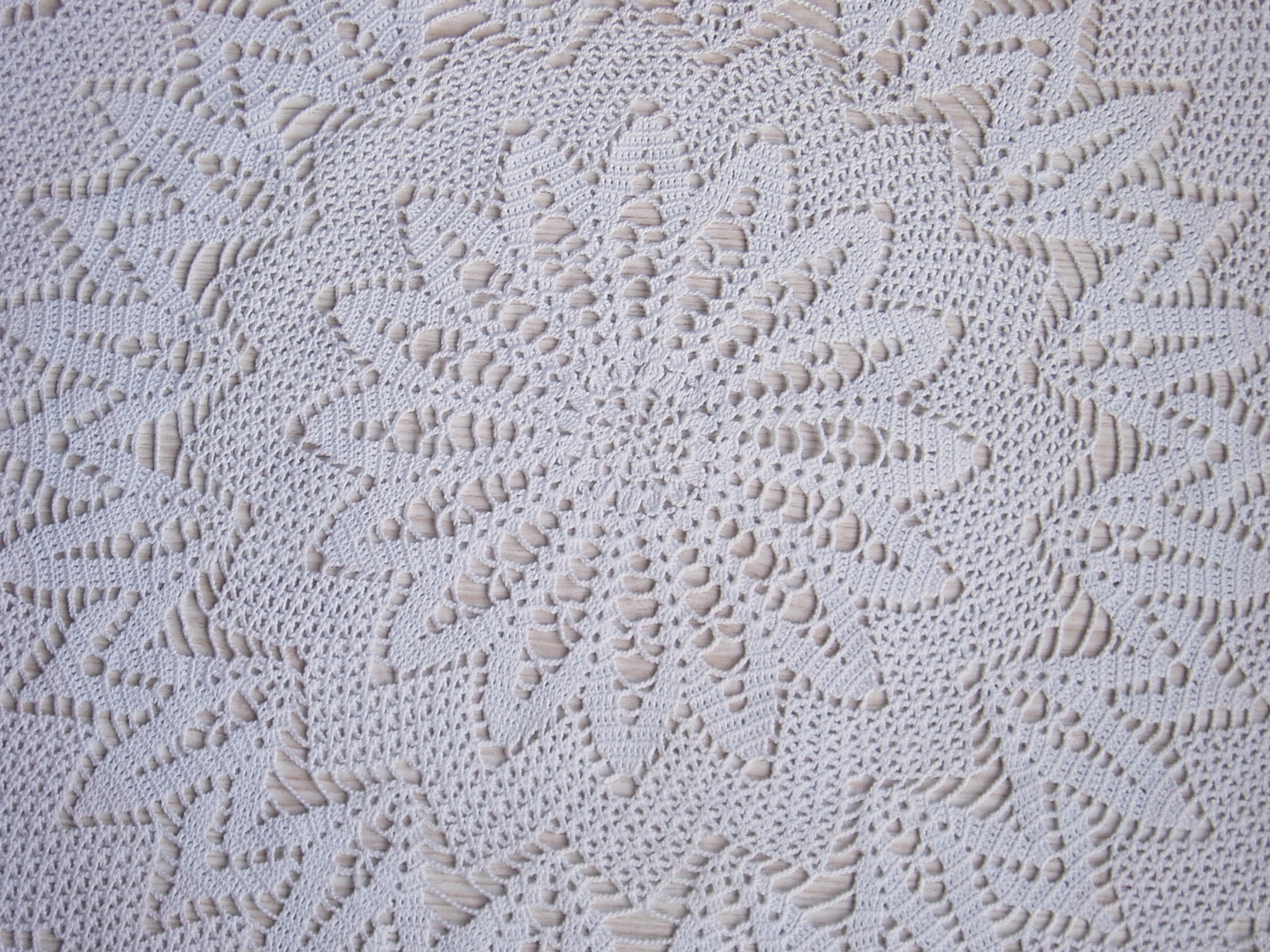 Lace crochet tablecloth handmade white round cover crochet white olympus digital camera lace crochet tablecloth bankloansurffo Gallery