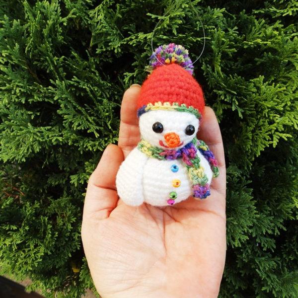 stuffed crochet snowman amigurumi christmas ornament tree decor